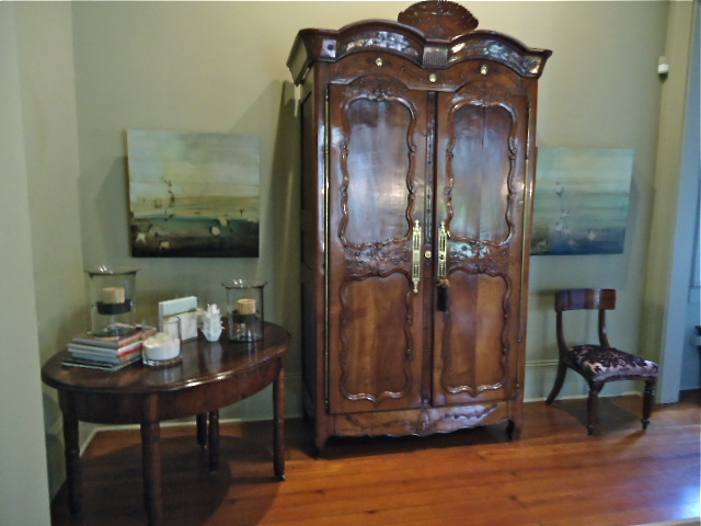 The Antique Armoire Stayed
